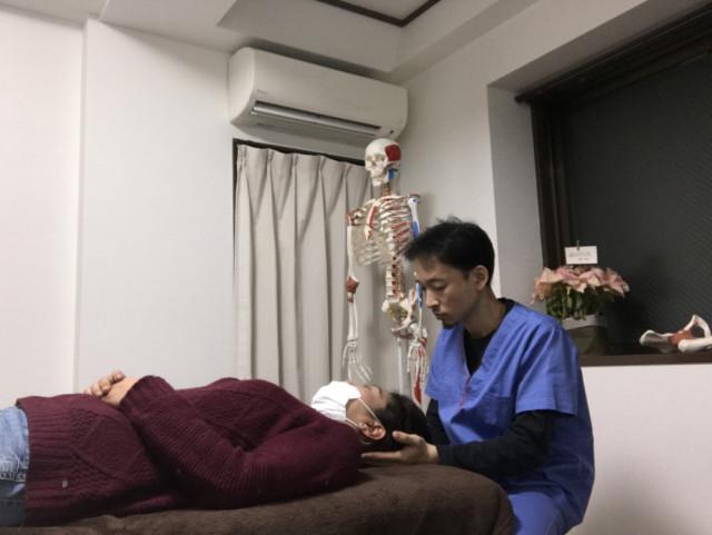 頭痛にお悩みの方は非常に多く、不眠症、鬱病、自律神経症状にも対応した施術も行います。